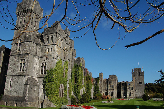 Ashford Castle is a medieval castle near Cong in County Mayo, IrelandTravel infos/Accomodation: http://www.ashford.ie/index.php
