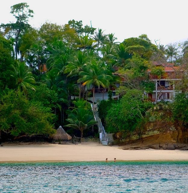 Private houses on the beach, Islas Las Perlas, Panama