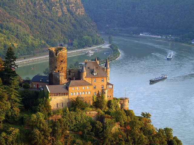 Burg Katz above St. Goarshausen and the Rhine River, Germany
