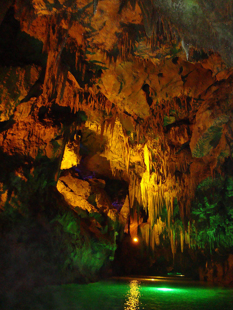 Magical world of Benxi Water Caves in Liaoning, China