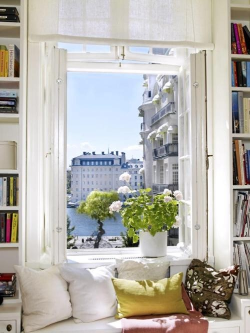 Reading Alcove, Paris